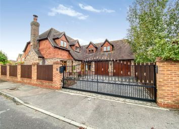 4 bed detached house for sale in Century Drive, Spencers Wood, Reading RG7