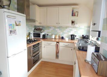 Thumbnail 2 bedroom maisonette to rent in Chillingworth Crescent, Headington, Oxford
