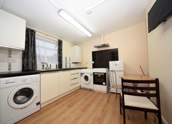 Thumbnail Studio to rent in Street, West Finchley