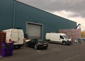 Thumbnail Warehouse to let in Unit 75A, Waterside Trading Centre, Trumpers Way, London
