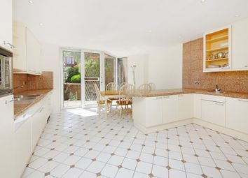 Thumbnail 5 bedroom flat to rent in Avenue Road, St Johns Wood, London