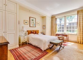 4 bed maisonette for sale in Cliveden Place, London SW1W