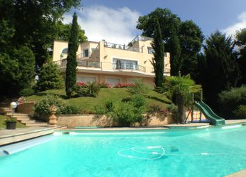 Thumbnail 4 bed property for sale in Le Plessis Robinson, Paris, France
