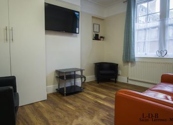 Thumbnail 2 bed flat to rent in Fulham Palace Rd, Hammersmith, London