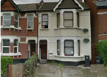 Thumbnail 2 bed flat to rent in Greenside Road, Near Mayday Hospital, Croydon
