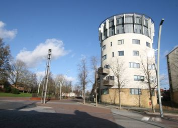 2 bed flat to rent in Tower Point, Ashford, Kent TN23