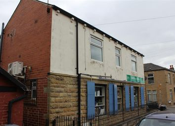 Thumbnail 1 bed flat to rent in Oxford Street, Batley