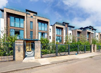 Thumbnail 1 bed flat for sale in Epsom Court, London