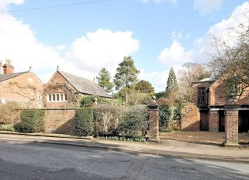 Thumbnail 4 bed cottage to rent in Chelford Road, Knutsford