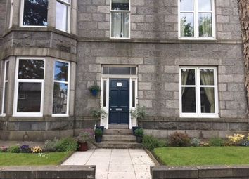 2 bed flat to rent in Fonthill Road, Aberdeen AB11