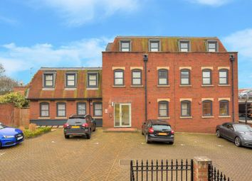 Thumbnail 1 bed flat to rent in Pembroke Court, Harpenden, Hertfordshire