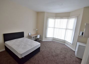 Thumbnail Room to rent in Room 1, Beeches Road, West Bromwich