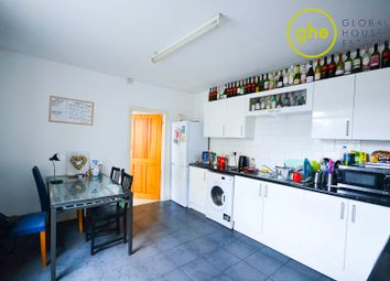 Thumbnail 4 bed terraced house to rent in Old Kent Road, London