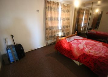 Thumbnail 1 bed flat to rent in Brabazon Road, Hounslow, Middlesex