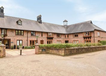 Lyefield Court, Emmer Green, Reading RG4. 2 bed flat for sale