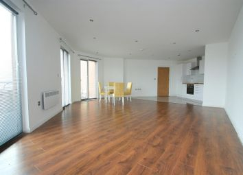 Thumbnail 3 bed flat to rent in Threadneedle House, Alcester Street, Redditch