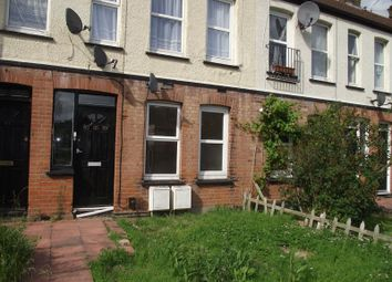 Thumbnail Studio to rent in Carlingford Drive, Westcliff-On-Sea
