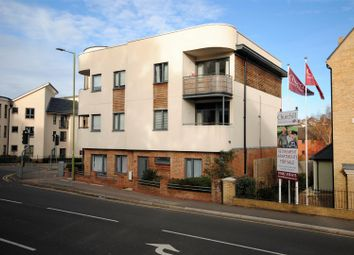 Thumbnail 2 bed flat for sale in Stag Lane, Berkhamsted