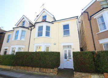 Thumbnail 1 bed flat to rent in Larkfield Road, Richmond