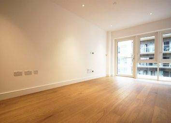 Thumbnail 1 bed flat to rent in Longfield Avenue, London