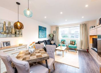 Thumbnail 2 bed flat to rent in Meadow Road, Vauxhall