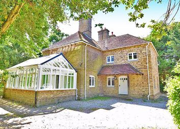 Thumbnail 5 bed detached house to rent in Pleasant Valley, East Farleigh, Maidstone
