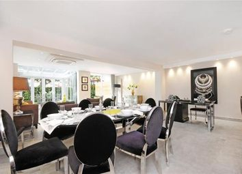 Thumbnail 4 bed flat to rent in Court Close, St. Johns Wood Park, St Johns Wood, London