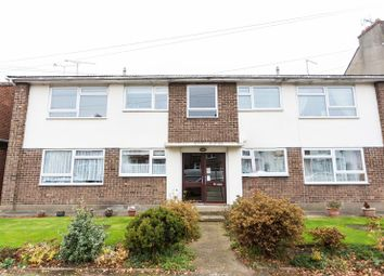 Thumbnail 2 bed flat to rent in Wellington Avenue, Westcliff-On-Sea