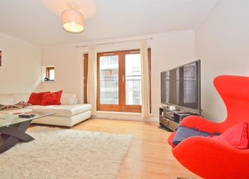 Thumbnail 3 bed flat to rent in Waterson Street, Shoreditch
