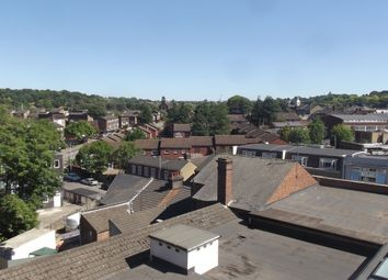 Thumbnail 2 bed flat to rent in Midland Road, Luton