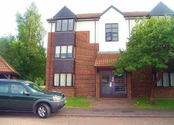 Thumbnail Studio to rent in Talus Close, Purfleet