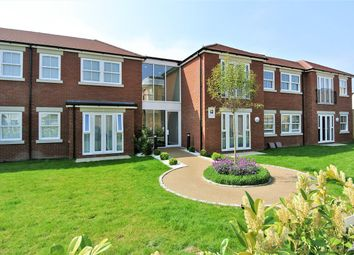 Thumbnail 2 bed flat for sale in Clarendon Road, Ashford
