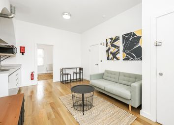 Thumbnail Studio to rent in Clapham Manor Street, London