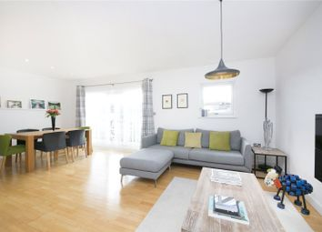 Thumbnail 3 bed flat to rent in Clephane Road, Islington