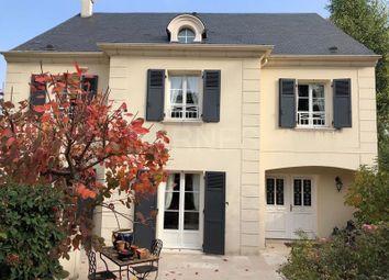 Thumbnail 5 bed villa for sale in Saint-Germain-En-Laye, Saint-Germain-En-Laye, France