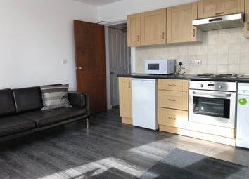Thumbnail 1 bed flat to rent in Ashfield Terrace, Leeds