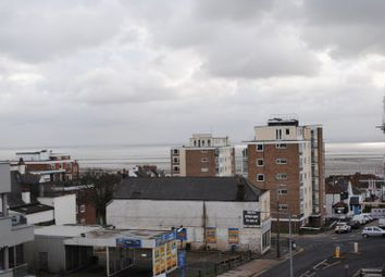 Thumbnail 2 bedroom property to rent in Broadway, Leigh-On-Sea