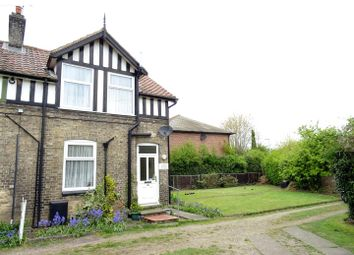 Thumbnail 2 bed cottage for sale in Crown Street, Needham Market, Ipswich