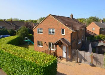 Northcote Close, West Horsley KT24. 3 bed semi-detached house