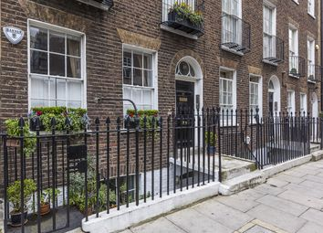 Thumbnail 2 bed flat to rent in Nutford Place, London