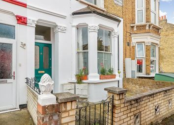 Silvester Road, East Dulwich SE22. 1 bed flat for sale