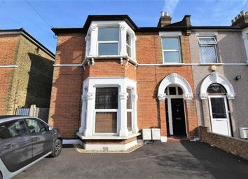 Thumbnail Flat to rent in Kingswood Road, Ilford, Essex