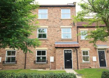 Thumbnail 4 bed town house for sale in Hawthorn Road, Selby