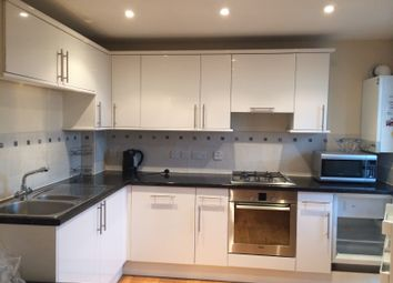 Thumbnail 1 bed flat to rent in Bellview Court, Hounslow