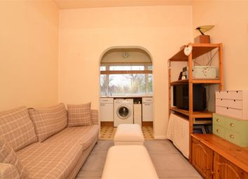1 bed flat for sale in Hermon Hill, London E18