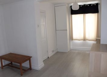 2 bed maisonette for sale in St. German's Road, London SE23