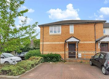 Thumbnail 1 bed flat for sale in Wellington Close, Maidenhead, Berkshire