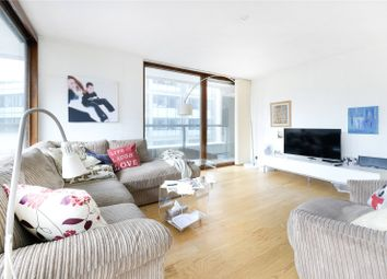 Cromwell Tower, Barbican, London EC2Y. 4 bed flat
