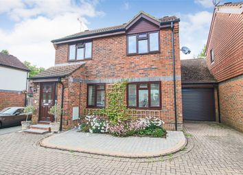Thumbnail Link-detached house for sale in Glebelands, Crawley Down, Crawley, West Sussex