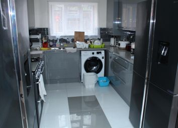 Room to rent in Chiswick Road, London N9